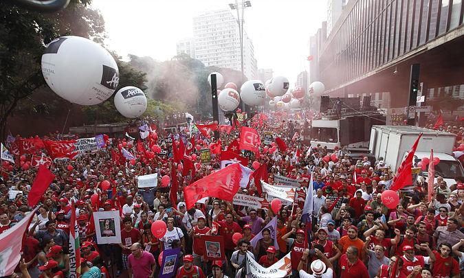 manif no Brasil