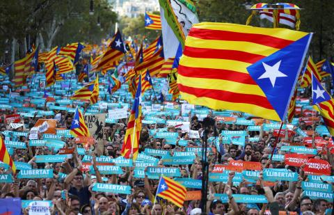 imagem de manif na Catalunha